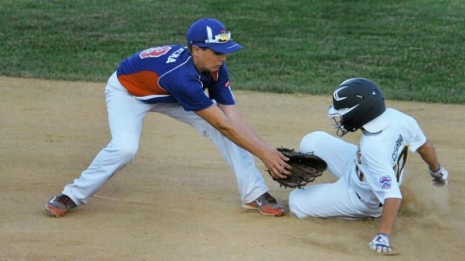 Coaching 101: When to Bunt & Steal